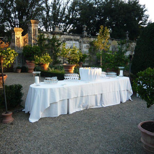 Champagner Empfang im Garten
