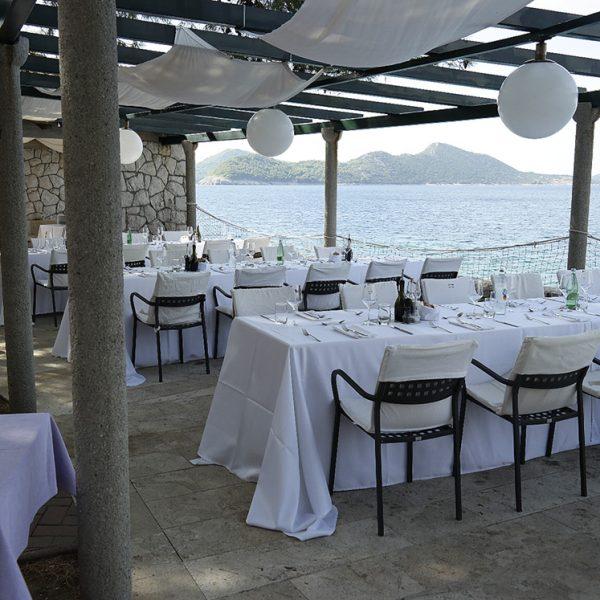 Mittagsvenue, Mittagessen in der Villa Ruza, Dubrovnik, Kroatien